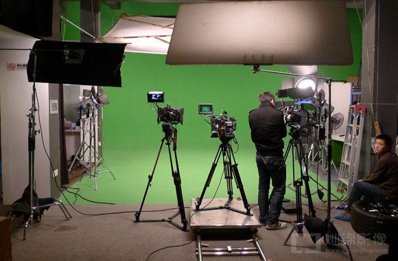 2月26日摄影棚抠像 人头马视频拍摄-三机位